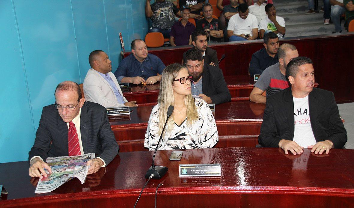 70488443_2685718101460821_6184446425963692032_o Sessão Plenária de hoje (11/9) quando foi lida a Carta de Renúncia do Vereador Marcinho Bombeiro.